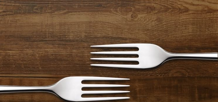 خوردن سوپ با چنگال